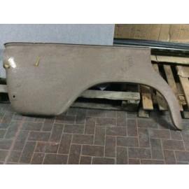 PARAFANGO FIAT 1500 C BERLINA POSTERIORE DESTRO INFERIORE